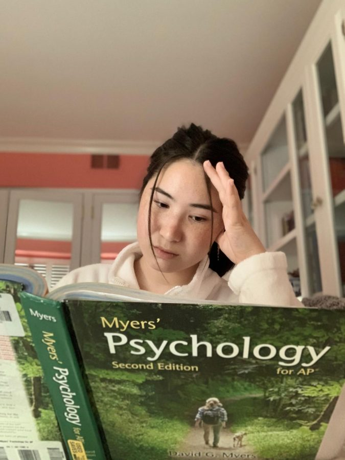 The studious Isabella Capps '21 stressing over her AP Psychology test. Photo by Isabella Capps.