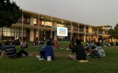 Navigation to Story: Freshmen Picnic and Movie
