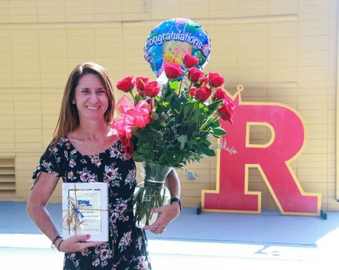 Mrs. Huerta with her PAL Advisor Perseverance award. Photo by Mrs. Reinbold
