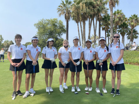 Varsity Golf Team on the putting green. Photo provided by Jeanne Weaver